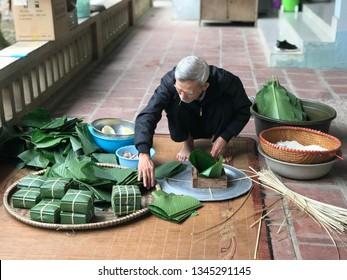 "Vinh Phuc , Vietnam 2th febuary : Making ""Banh Chung""- traditional cake of Vietnam on lunar new year"