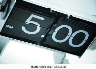 Vintage Analog Clock displays 5PM or dinner time