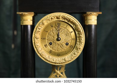 Vintage big gold watch closeup