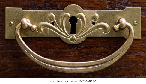 Vintage brass Art Nouveau style handle for chest and furniture.