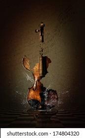 Vintage broken watersplash Violin Manipulation