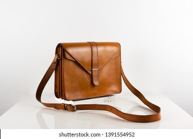 vintage brown leather bag briefcase handbag brown small schoolbag belt purse antique scout hunter male female rare with strap sturdy tough isolated fashion 60s 20s, High Resolution Studio