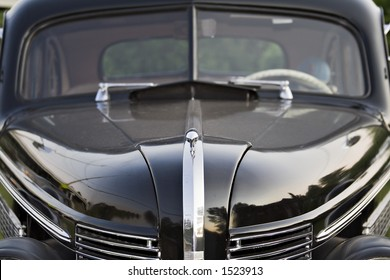 Vintage Buick hood and windshield view - 1930's?