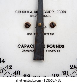 Vintage Butchers Measuring Weigh Scale