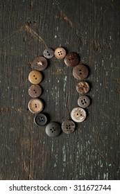 Vintage Buttons in the Number 0