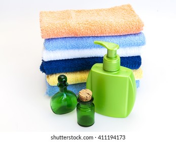 Vintage capacities for cosmetics and terry cosmetic wipes