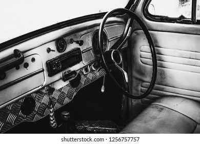vintage car black and white