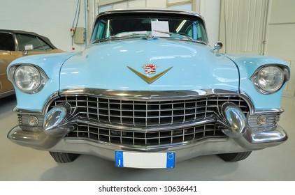 Vintage car. Front view.