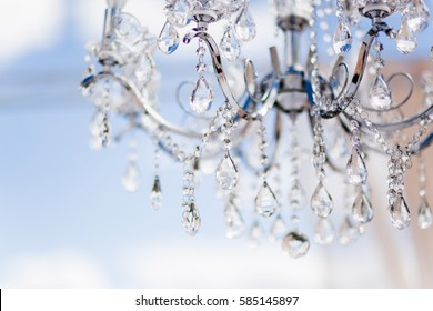 vintage chandelier decoration on wedding day