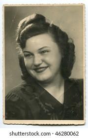 Vintage (circa 1940) woman's portrait