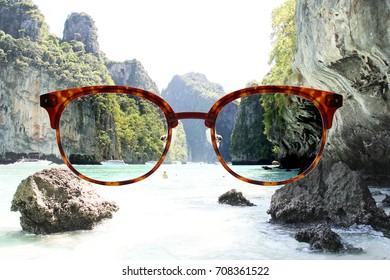 Vintage eyeglasses fitting polarized lens on the sea-view