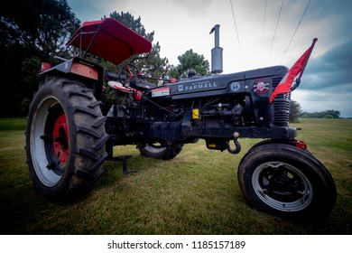 Vintage Farmall International Tractor Crofton Nebraska United States of America 09/02/2018