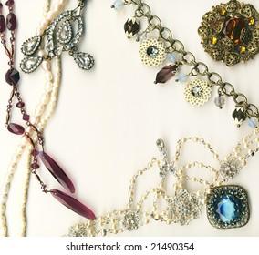 Vintage jewelery frame