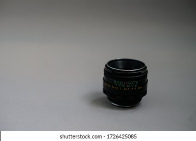 Vintage lens Helios 44m with aperture 2.0 Can mount on modern camera