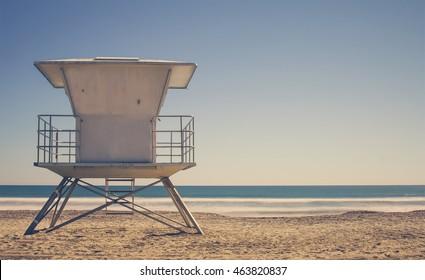 ビンテージライフガードステーション – カリフォルニアビーチとライフガードタワー