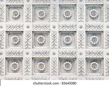 vintage modelled ceiling