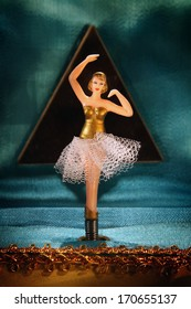 Vintage music box with ballerina