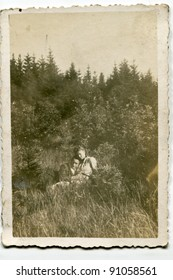 Vintage photo of happy couple (forties)