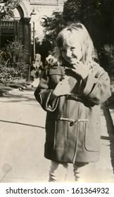 Vintage photo of little girl, fifties