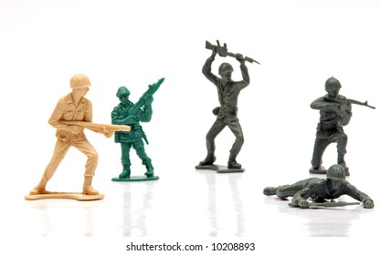 Vintage plastic army men with Vietnam era weapons from the 1980's.
