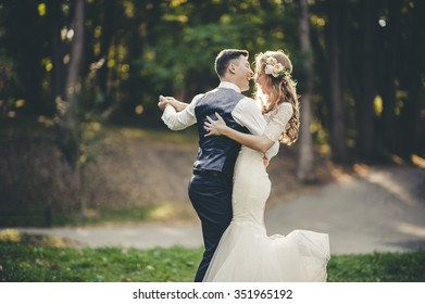 Wedding Couple Images Stock Photos Vectors Shutterstock