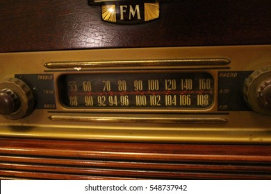 Vintage radio buttons and tuner