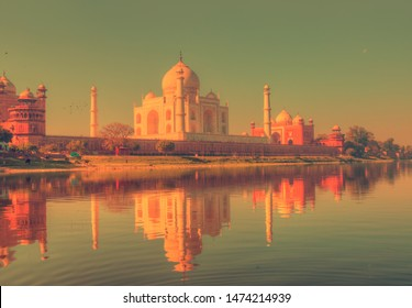 Vintage, retro style - Taj Mahal at sunset - Agra, India