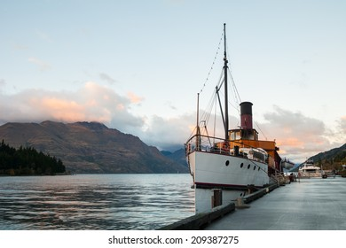 Vintage ship at Lake Wakatipu in the morning, Queenstown, New Zealand