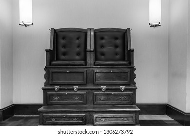 Shoe Shine Stand Images, Stock Photos
