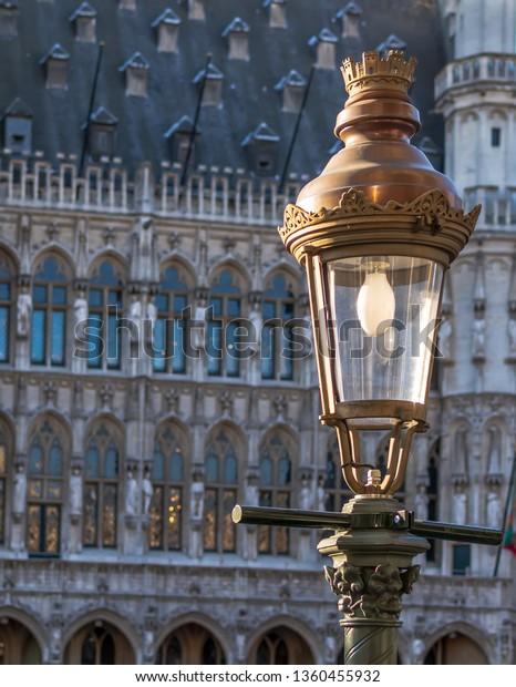 vintage-street-lamp-gothic-brussels-600w