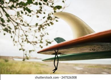 Vintage-Surfbrett am Strand