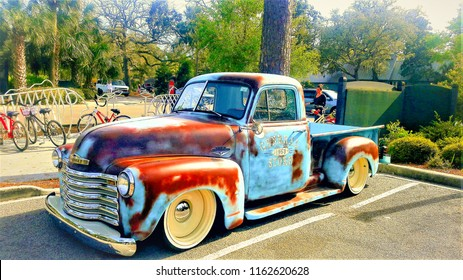 Vintage Truck found in a Parking Lot on Hilton Head Island. City: Hilton head Island State/ Country: SC/ U.S  Month/Day/Year: April 5, 2018