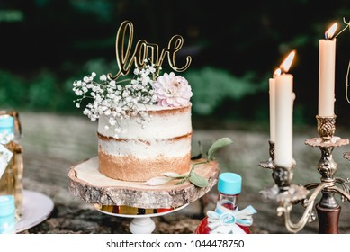 Vintage Wedding Decoration Naked Cake Love Gold