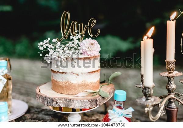 bröllop dekoration tårta