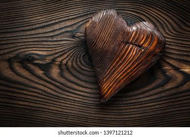 vintage wooden valentine toy heart n wood