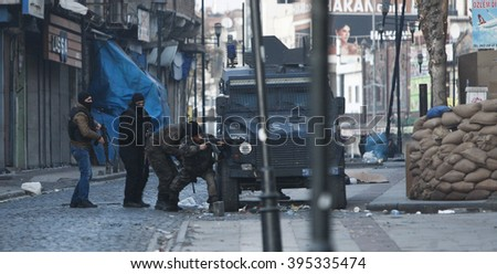 a violent conflict between Turkish government troops and Kurdish forces, in Diyarbakir city's Sur neighborhood. Sur, Diyarbakir, 15 January 2016