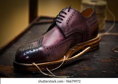 Violet shoe build