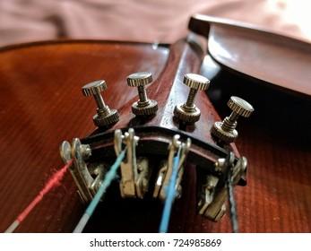 violin fine tuning pegs