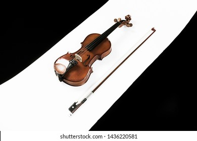 Violin instrument with violin bow