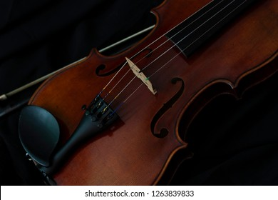 Violin on the Black