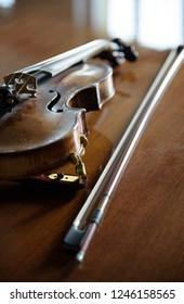violin on wood