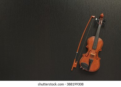 Violine miniature.