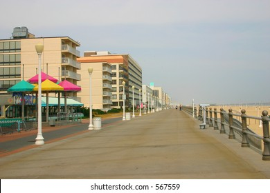 Virginia Beach Boardwalk Images, Stock Photos & Vectors