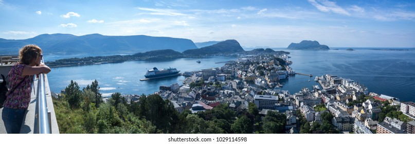 Visit to the city of Alesund in Norway