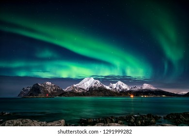 Visiting the Lofoten Islands during winter time is a dream for all landscape photographers. At this time of the year, the colourful and enchanting Aurora Borealis light up the clear night skies above