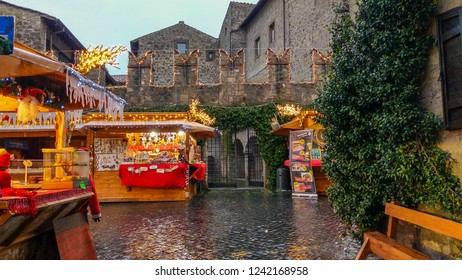 VITERBO, ITALY - NOVEMBER 25, 2018: Beautiful christmas market in the old center of Viterbo city