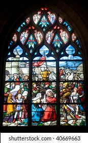 Vitre (Ille-et-Vilaine, Brittany, France) - Interior of ancient church, in gothic style: stained glass