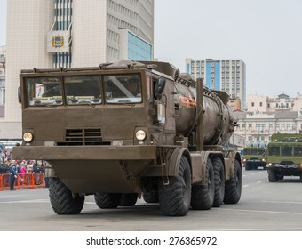 VLADIVOSTOK, RUSSIA - MAY 9, 2015: Military participate of the parade dedicated to the 70th anniversary of the victory in the Second World War in Svetlanskaya street.
