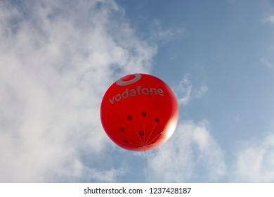 Vodafone Balloon in 40th Vodafone Eurasia Marathon in Istanbul, Turkey 2018-11-11