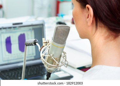 Voice acoustic analysis